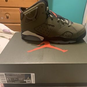 Travvis Scott Jordan 6 Preschool size